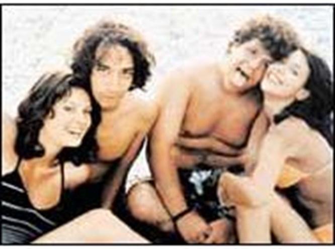Bu da, plajda kız tavlamanın filmi!